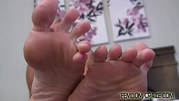 cleo daily vixen fetish foot Old man bome