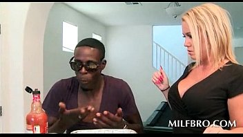 in cloth licking hot milf Lisa minxx pregnant