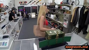 blo blonde a with babe gives tits blowjob small Lawyer gets fucked hard after giving a blowjob