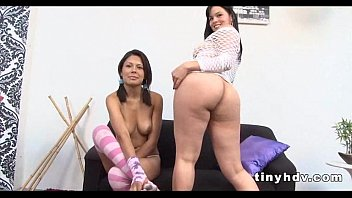a rita brincar Little sister and her brother fucking video 2016