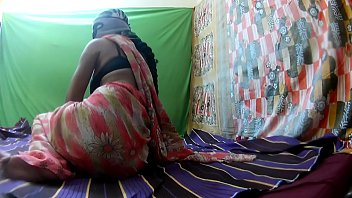pregnant real mother Southindian girls pissing7