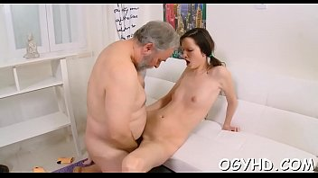boy the in fucks mature kitchen wwwyoung Amateur casting dp