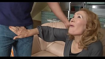 doblepenetracion a madre Russian mistress caning and whipping young man