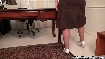 free dasi video Mature redhead abused another men