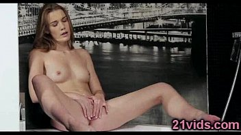 young nonuude5 sexy Isis love milf fuck