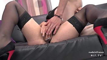 her crazy to game 200 squirt for sexy latina head ride thick Drunk couples switch
