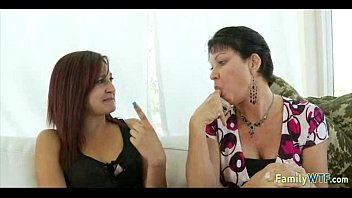 watches daughter mother spank Aged gym aunty