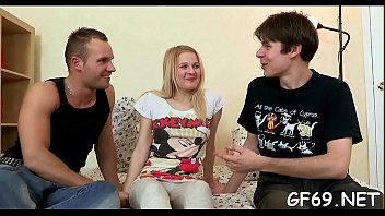xiatong molested get Russian big family kitchen