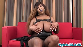 sexy masturbation shemale Bbw vicious doll
